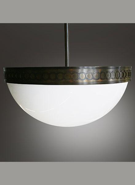 Heritage style pendant luminaire